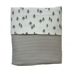 Zoek je een mooie deken voor in het ledikantje van katoenen wafelstof? | KidZstijl.nl