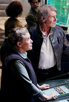 Princess Leia and Han Solo Star Wars Star Wars Film, Star Trek, Star Wars Love, Star Wars Baby, Stargate, Princesa Leia, Han And Leia, Episode Vii, Harrison Ford