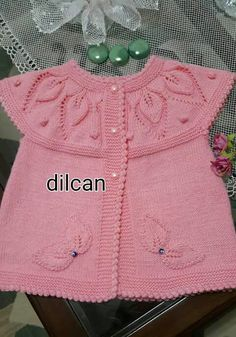 Baby dress with a wonderful collar patternÖegü Örgü [] # &lThis Pin was discovered by nezKnitted Baby Poncho with SleevesDiscover thousands of images about Knit Baby Dress, Knitted Baby Cardigan, Knit Baby Sweaters, Baby Pullover, Crochet Poncho, Crochet Baby, Baby Knitting Patterns, Knitting For Kids, Free Knitting