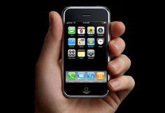 Feliz aniversário! Primeiro iPhone completa dez anos - http://www.showmetech.com.br/primeiro-iphone-completa-dez-anos/