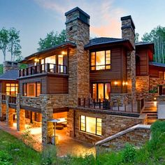 From the charming gatehouse to the rushing outdoor waterfall, visitors are greeted by all the beauty nature has to offer in Park City, UT – soaring mountains, swaying aspens and towering pines surrounding 18,500 square-feet of rustic architecture.