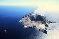 Mariene vulkaan groeit als kool - Kennislink