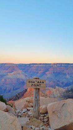 Grand Canyon sunrise hike to Ooh Aah Point national park picture - US national park vacation ideas with best hiking trails grand canyon. Grand Canyon Sunrise, Grand Canyon Hiking, Grand Canyon Arizona, Bryce Canyon, Travel Photography Tumblr, Photography Beach, Nature Photography, Adventure Photography, Grand Canyon Photography