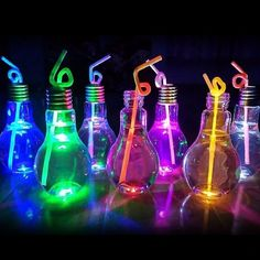 Drink Containers & Thermoses Luminous Plastic Light Bulb Shaped Bottle Drink Cup Water Bottle Party Home Deco & Garden Neon Birthday, 13th Birthday Parties, Birthday Party For Teens, Sommer Pool Party, Glow In Dark Party, Black Light Party Ideas, Fete Halloween, Neon Glow, Sweet 16 Parties