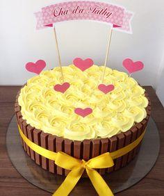 60 Ideas For Cupcakes Simple Amarelo Wedding Cakes With Cupcakes, Cute Cupcakes, Birthday Cupcakes, Cupcake Cakes, Princess Cupcake Dress, Cupcakes Wallpaper, Cupcake Recipes From Scratch, Vanilla Recipes, Doughnut Cake