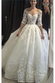 Vintage Appliqued Half Sleeve Wedding Dress,Ball Gown Wedding Gown,2017 With Brading Pearls Scoop Sheer Neck Wedding Gowns,Flowers Ball Gown Vestido De Noiva Plus size,Luxury Tulle Wedding Dress,N133 #weddingdress
