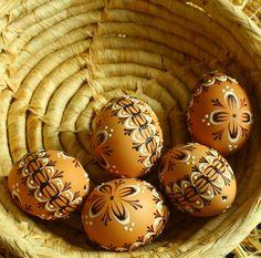 Egg Art, Easter Eggs, Wax, Food, Essen, Yemek, Laundry, Meals