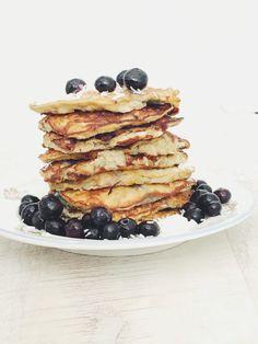 Flour-Free Coconut And Banana Pancakes