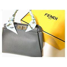 ついに買ったのはコレいったい何年越しやろツイリーもお気に入り✨ . . . #fendi #フェンディ #peekaboo #ピーカブー #fendipeekaboo #セレリア #selleria #bag #ツイリー #fashion #shopping #newin #大切にします