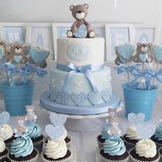 Are you in search of baby shower decoration ideas? We have gathered 25 DIY baby shower decorations to make your job easier. Deco Baby Shower, Cute Baby Shower Ideas, Shower Bebe, Boy Baby Shower Themes, Unique Baby Shower, Baby Shower Parties, Baby Boy Shower, Baby Showers, Men Shower