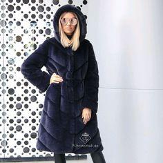 0a272f8441e Лучших изображений доски «одежда-пальто-мех»  17 в 2019 г.