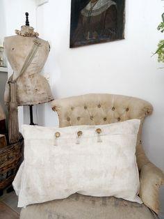 Leinenkissen 62x41cm aus antikem Leinen (2)