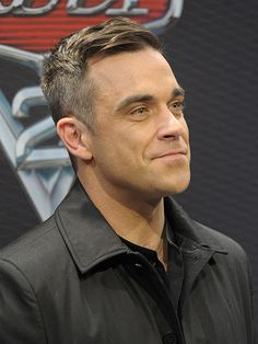 Listening to his song right now! Robbie Williams, Beautiful Boys, Gorgeous Men, Gary Barlow, Its A Mans World, Grey Hair, Celebs, Celebrities, My Favorite Music