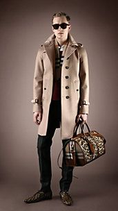 Burberry AW2013 - Trench-coat in cashmere.