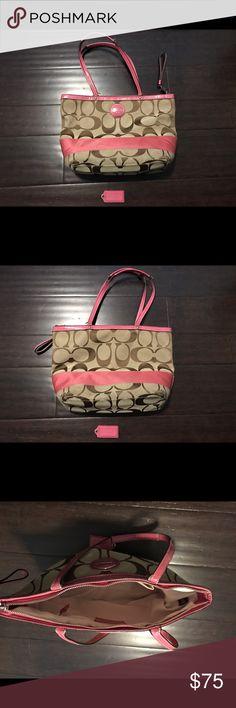 Coach purse Great condition Coach purse Coach Bags Shoulder Bags
