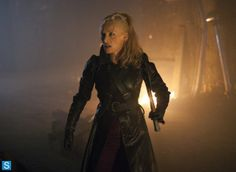 Dracula - Episode 1.10 - Let There Be Light - Promotional Photos (35)