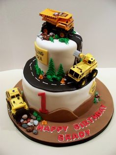 Construction cake by bandcbakes.maybe for daddys birthday! Little Boy Cakes, Cakes For Boys, Iced Cookies, Fun Cookies, Fondant Cakes, Cupcake Cakes, Cute Birthday Cakes, Birthday Ideas, How To Use Fondant