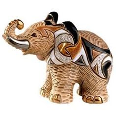 Rinconada African Elephant, Family Collection Figurine This ones my fave Elephant Parade, Elephant Love, Little Elephant, Elephant Art, African Elephant, Elephant Gifts, Elephant Family, Giraffe, Safari Home Decor