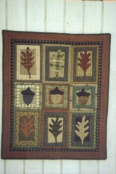 Country Threads :: Fall Quilt Patterns :: Oak Leaves & Acorns Wall Quilt Pattern