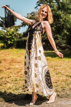 Chain Print Dress - Ingrid Hughes Beauty Zara Dresses, Shirt Blouses, Bohemian, Chain, Skirts, Trends, Beauty, Fashion, Vestidos