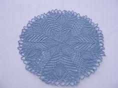 Kunststrickdeckchen Deckchen Zierdeckchen rund in jeansblau von unicata auf Etsy