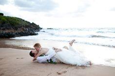 Fun couple! Trash the Dress on Maui!