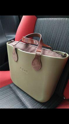 O Bag, Pocket Books, Modern Outfits, Shoe Boots, Shoes, Michael Kors Jet Set, Fashion Bags, Purses And Bags, Unisex