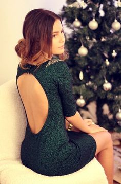 Christmas dress Green Beaded Backless Dress - Sizzling Hot Open Back Dress 15 Dresses, Pretty Dresses, Beautiful Dresses, Short Dresses, Backless Dresses, Dress Long, Dress Formal, Gorgeous Dress, Dresses Online