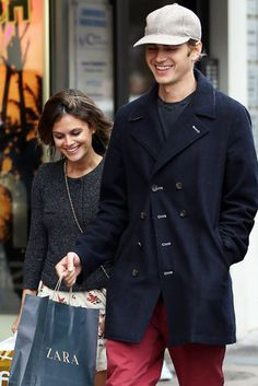 Rachel Bilson and Hayden Christensen went shopping in Cannes | Get the pics of the day here