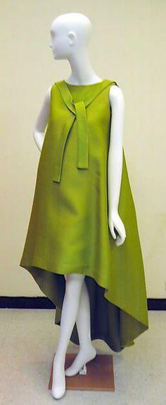 Evening dress Design House: House of Balenciaga (French, founded 1937) Designer: Cristobal Balenciaga (Spanish, Guetaria, San Sebastian 1895–1972 Javea) Date: 1967 Culture: French Medium: silk