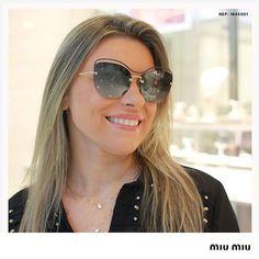 """df3636aaf4c88 Safira - É pra você. on Instagram  """"Óculos de sol em formato de gatinho com  lentes espelhadas para as mulheres modernas.⠀ ⠀ REF  1842001⠀ ⠀  Safira ..."""