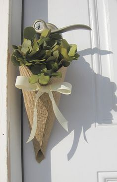 This would be cute to make and put on your neighbors door or give to friends for may day
