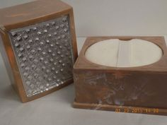 2-MIDCENTURY-FAUX-MARBLE-POWDER-BOXES-TRINKET-FACETED-LID-MERLE-NORMAN-1950s-VTG