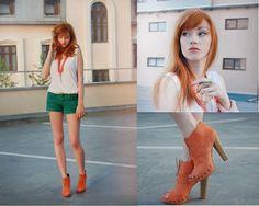 Blossem Boots, Pull & Bear Shorts