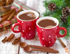 Easy Mexican Hot Chocolate In The Crockpot Mexican Hot Chocolate, Hot Chocolate Recipes, Chocolate Mix, Christmas Chocolate, Copycat Recipes, Crockpot Recipes, Yummy Drinks, Yummy Food, Diet Drinks