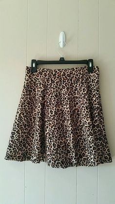 Size medium, super cute skirt from Target. In like new condition. No flaws! Brand is Xhilaration. #leopardprint #skaterski...