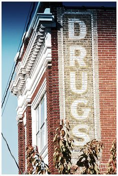 Drugs Ghost Sign