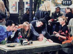 Manhattan, amistad, amor, risas y Central Perk. Sí, hablamos de Friends, la serie eterna que tanto nos gusta. ¿Volverán o no? Descubre qué pasará con Rachel, Ross, Monica, Chandler, Phoebe y Joey.