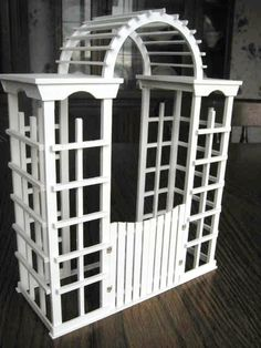 Miniature Garden Arbor/Trellis by minibuilder on Etsy, $80.00 Like to make a real large one.