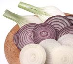 The anti-inflammatory power of red onions ~ good info (The anti-oxidant flavonoids are extremely rich in the outer layers of the onion. Many people will peel off the first few layers and lose much of these critical nutrients.)