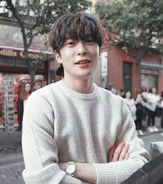 Boyfriend Pictures, Boyfriend Goals, Winwin, Seoul, Rapper, Nicholas Hoult, Valentines For Boys, Jung Jaehyun, Nct Taeyong