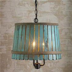 EL MUNDO DEL RECICLAJE: Lámpara hecha con barriles de madera