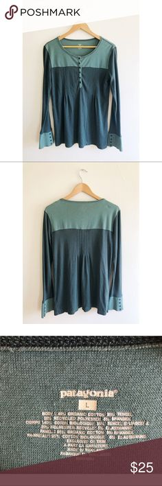 PATAGONIA long sleeve thermal henley top Women's Patagonia thermal shirt. Loose fitting around mid section. 2 toned green color. Worn a few times in great condition! Patagonia Tops Tees - Long Sleeve