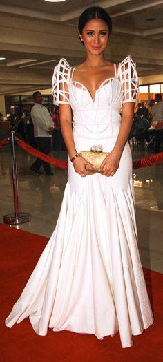 Pin by Sharyn Ocampo on Three Stars Philippines Outfit, Philippines Fashion, Grad Dresses, Dress Outfits, Modern Filipiniana Dress, Filipino Fashion, Modest Fashion, Women's Fashion, Bridal Wedding Dresses