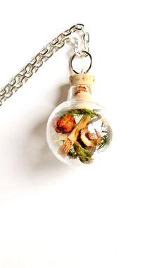 Terrarium Necklace  Glass Globe Pendant  Nature by teenytinyplanet