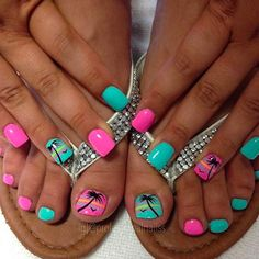 Summer toes 40 best summer toe nail art for 2020 fingernails aren t the only place for nail arttry these toe designs Pretty Toe Nails, Cute Toe Nails, Toe Nail Art, Fun Nails, Finger Nail Art, Ring Finger, Hawaii Nails, Florida Nails, Cruise Nails