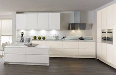 Contemporary kitchen / matte / lacquered 675 FIALA Wellmann