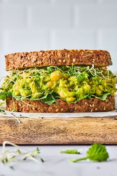 Smashed Chickpea Avocado Salad - Two Peas & Their Pod Healthy Sandwich Recipes, Healthy Sandwiches, Veggie Recipes, Vegetarian Sandwiches, Veggie Meals, Vegan Chickpea Recipes, Vegetarian Recipes, Healthy Cooking