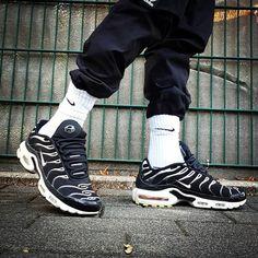 Tn Nike, Air Max Sneakers, Sneakers Nike, Nike Air Max Plus, Trainers, Nike Shoes, Air Jordans, Adidas, Sport
