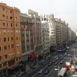 Shopping in Madrid - Keep in mind that many shops, especially those that are small and family-run, close during lunch hours, on Sunday, and on Saturday afternoon.
